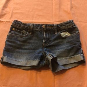 Gap kids mid rise denim shorts